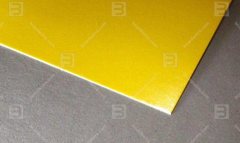 Cardboard Venicelux yellow business card photo