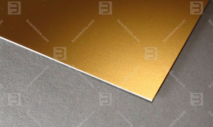 Cardboard Venicelux gold business card photo